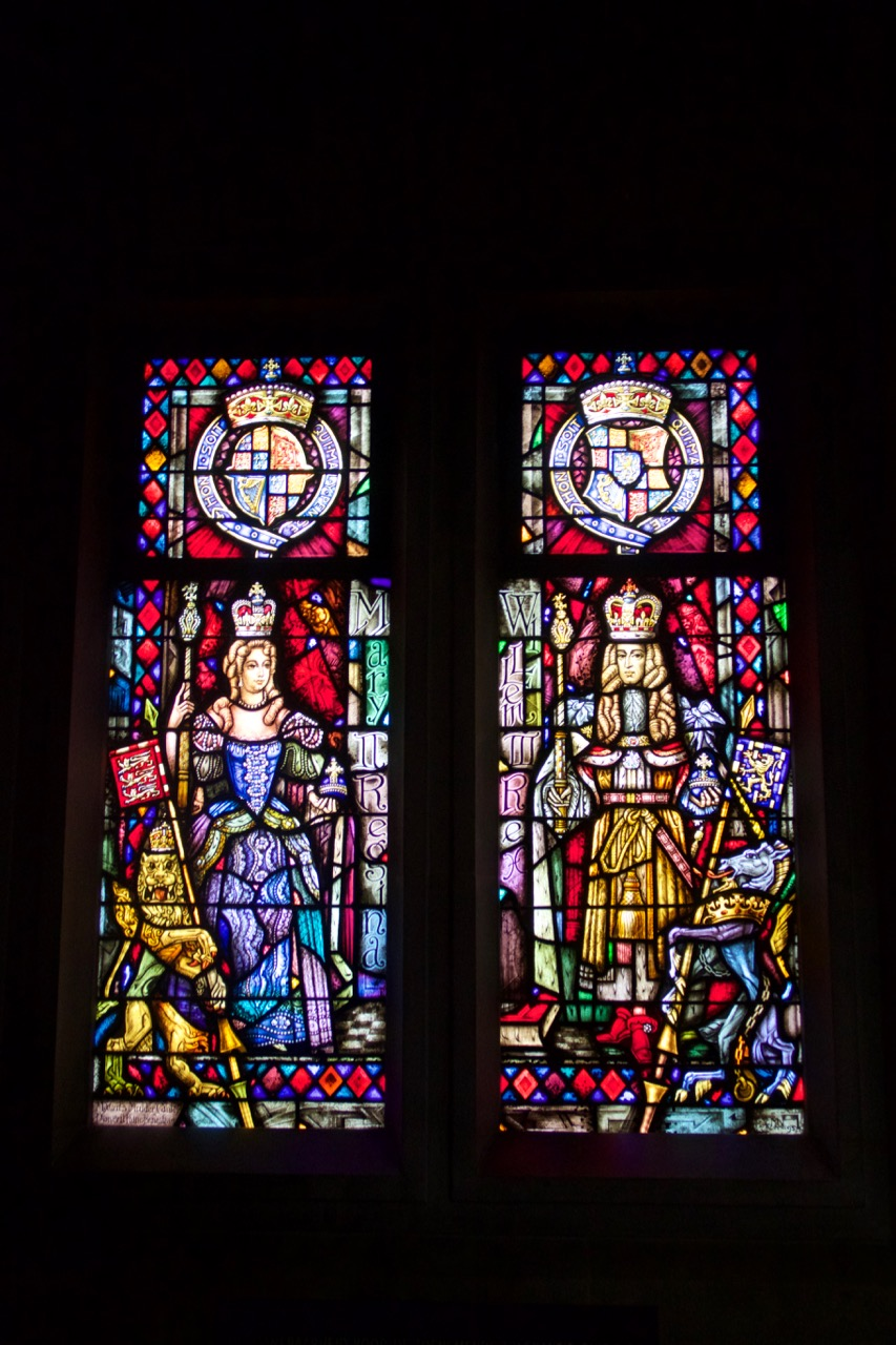 "Stained glass window ""William and Mary"" (1954)"