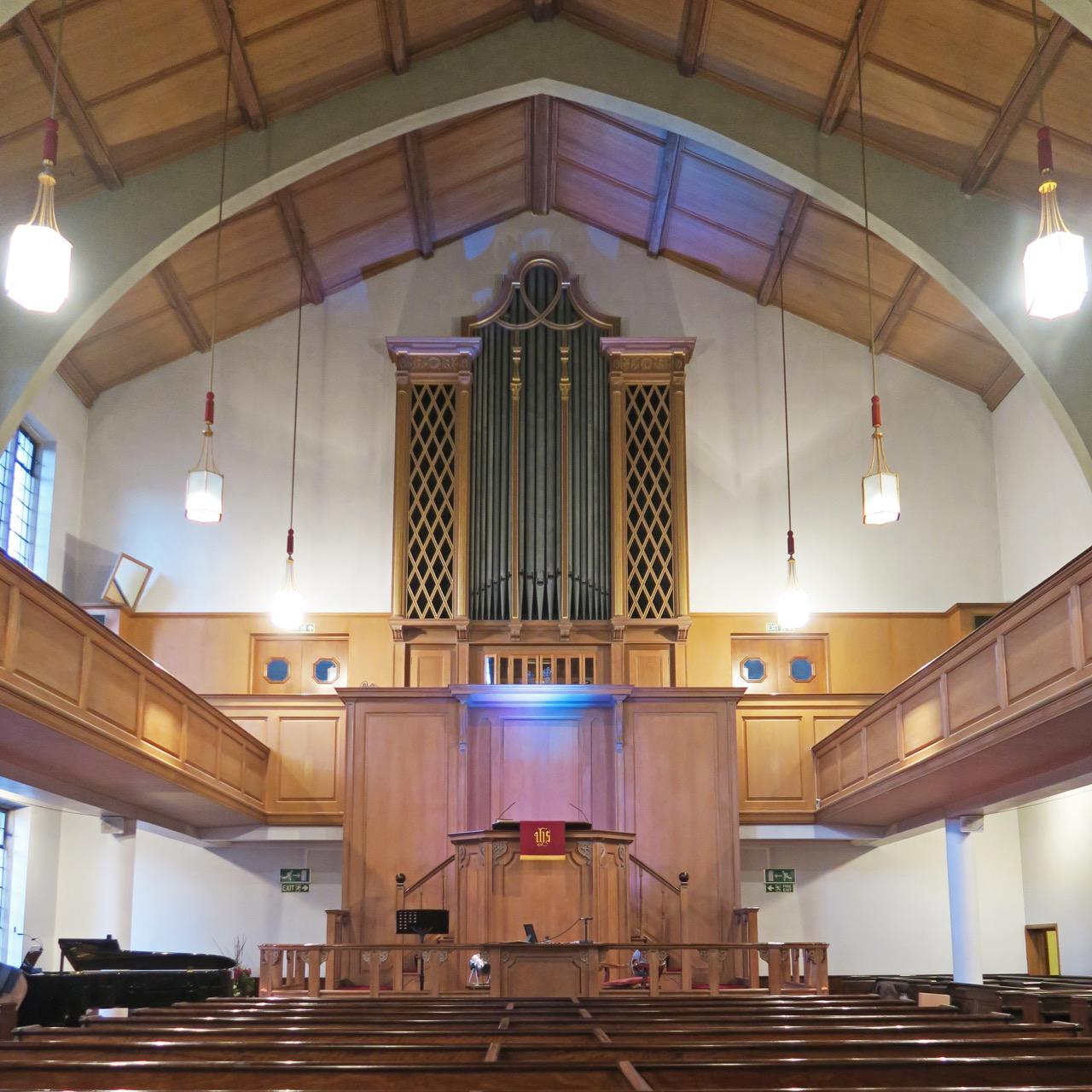 Jewin Welsh Church, Innenansicht