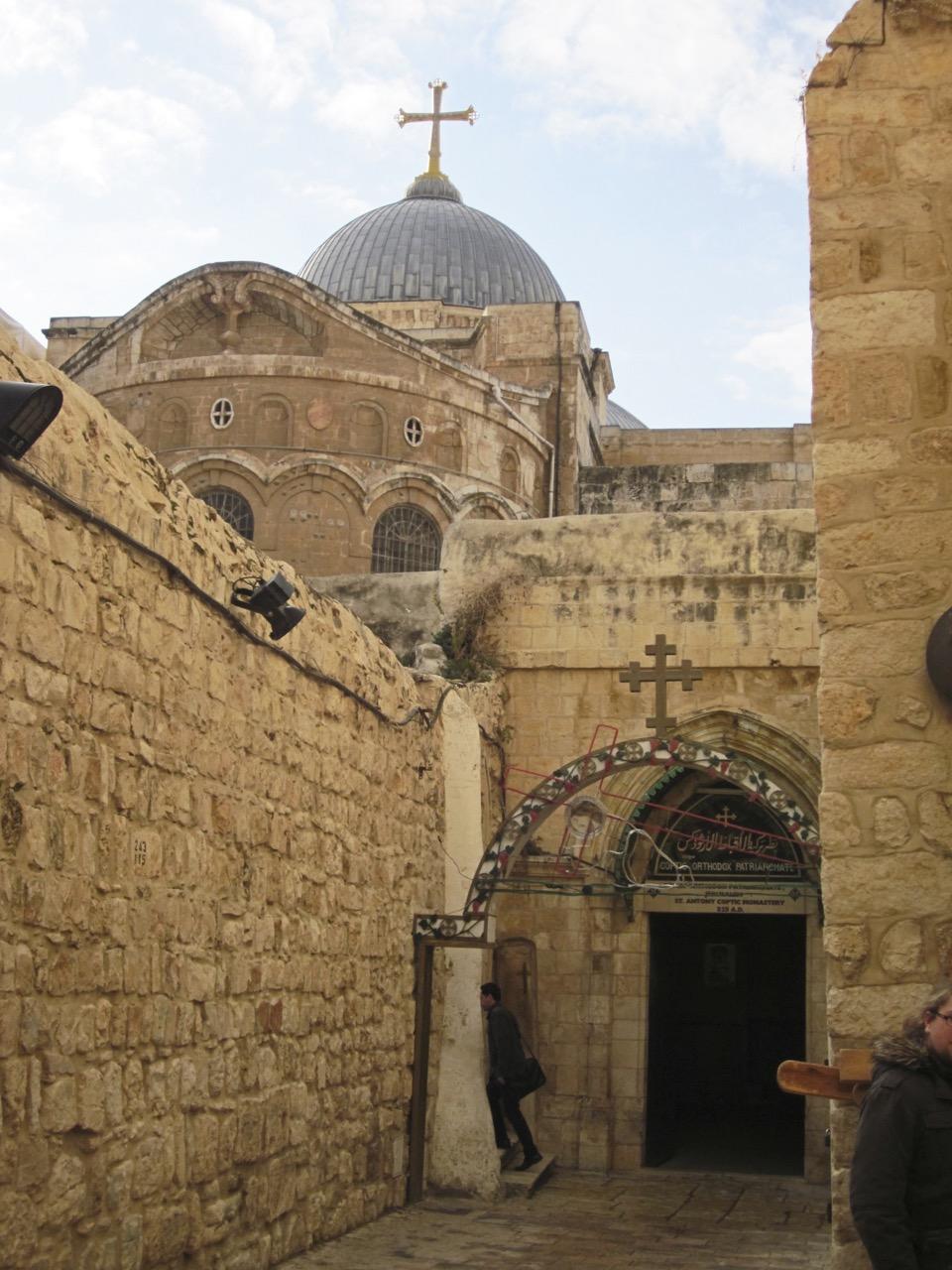 Ansicht der Grabeskirche von Osten